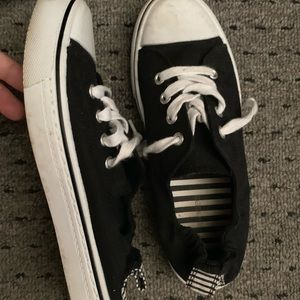 Maurice's Slip-on Canvas shoes